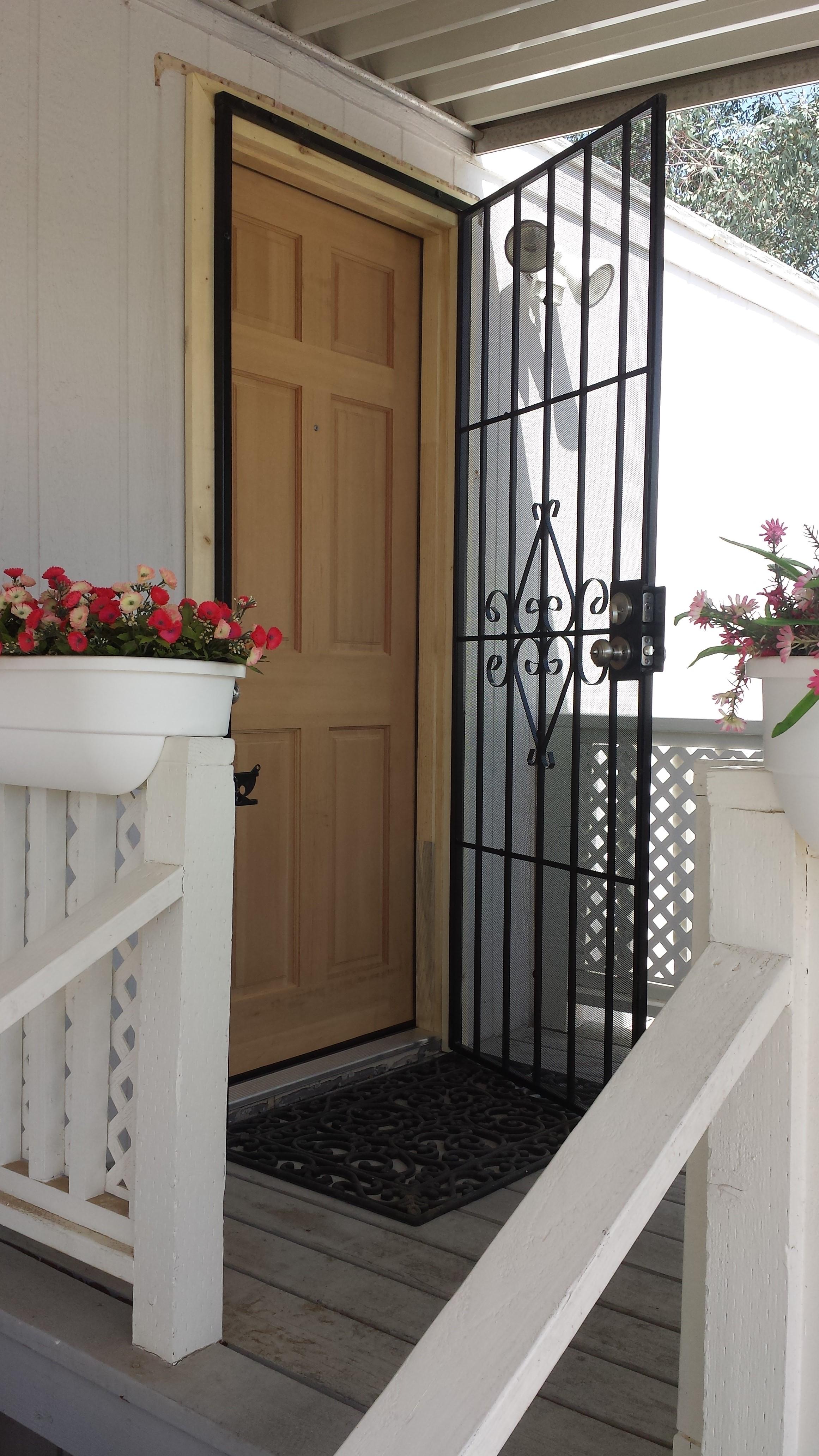Refurbishing Mobile home with fir door